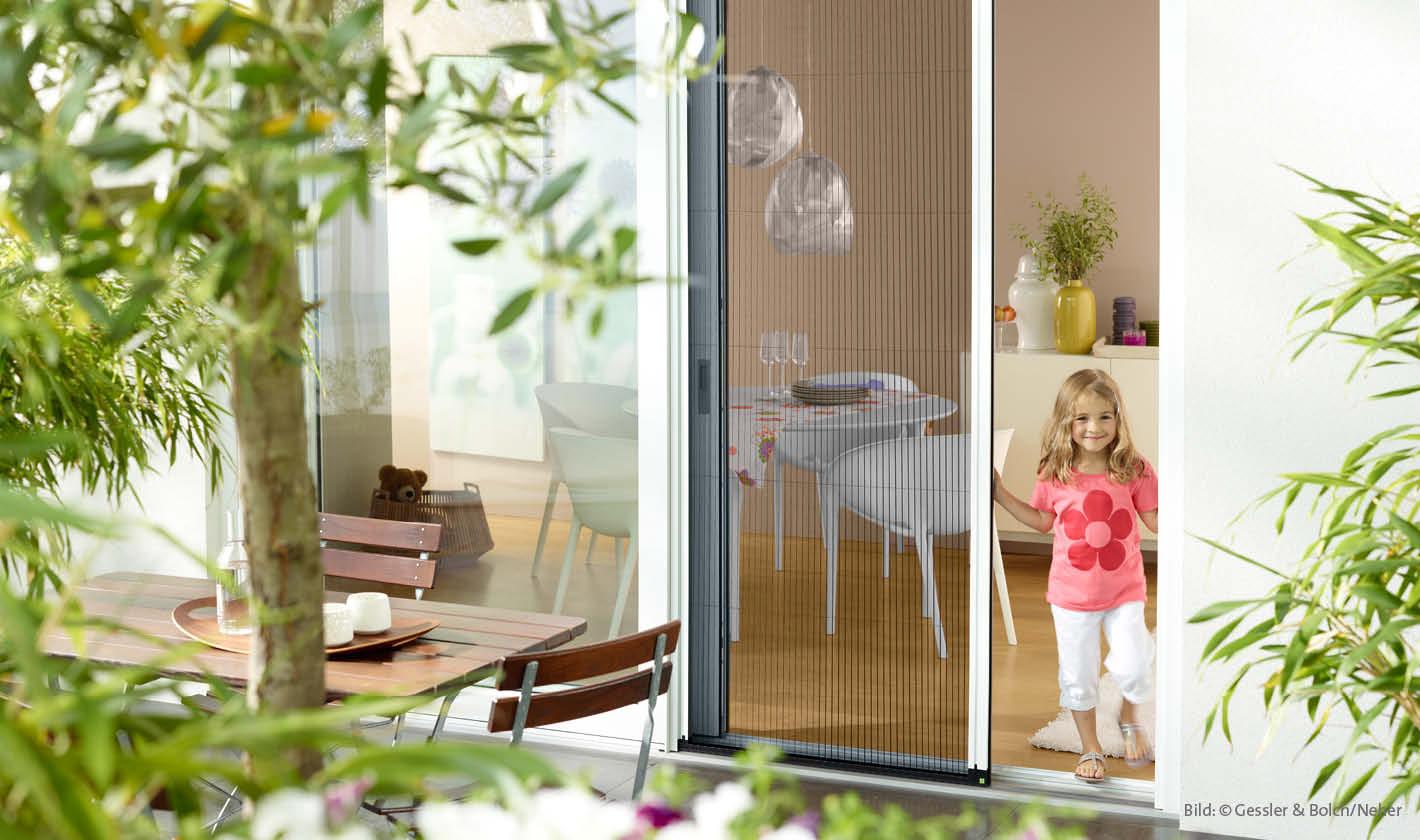 Insektenschutz Plissee an Tür, Rolladen Widmaier - Renningen